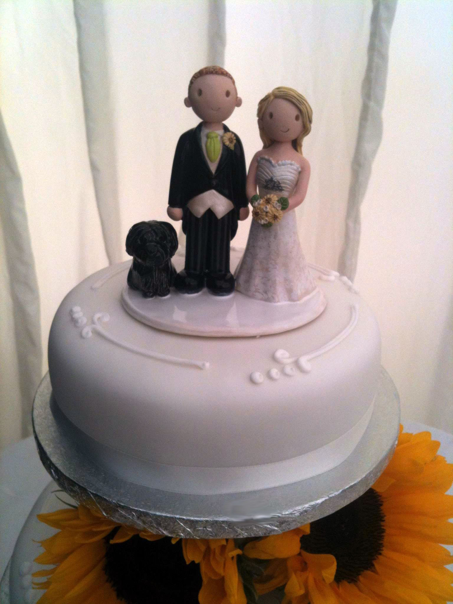 wedding cake figurines examples of wedding cake toppers made for our customers 22610