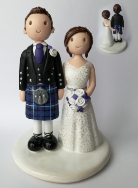 Lifting the kilt cake topper